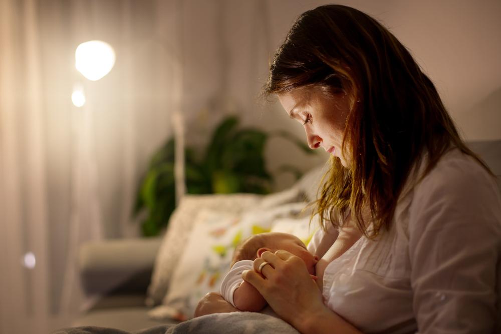 Czy można stosować aspirynę w czasie karmienia piersią? fot. shutterstock