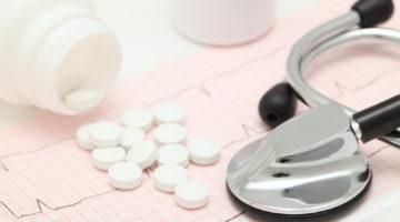 Ostrzeżenia dla pacjenta stosującego leki przeciwkrzepliwe - co trzeba wiedzieć?