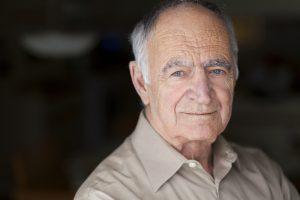 Pan Antoni od 20 lat leczy się na nadciśnienie tętnicze, a od 10 lat na hipercholesterolemię (fot. Shutterstock).